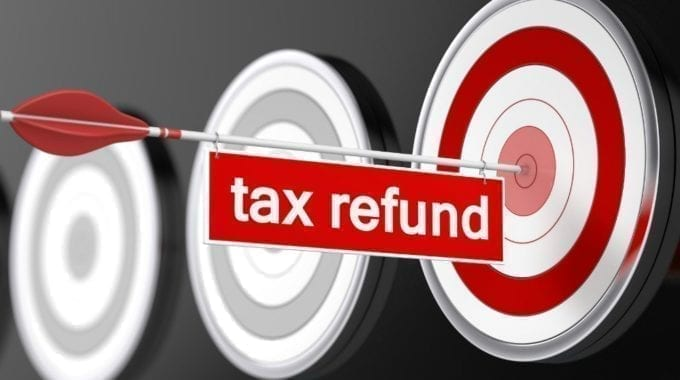 Early Bird Gets The Worm: How To Maximize And Get Your U.S. Tax Refund Quicker?